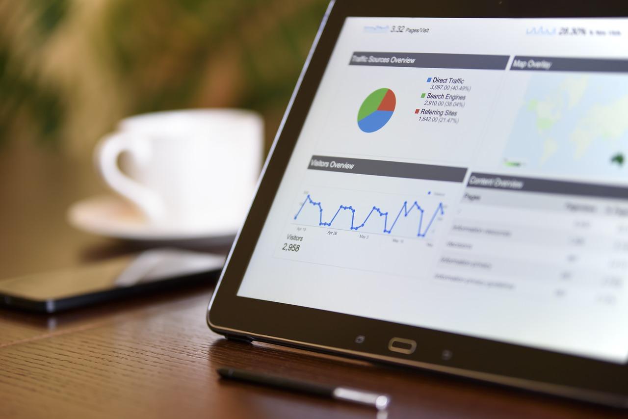 ファクタリング利用業種別成功例-情報・通信サービス業界編/WEB向け広告代理業-